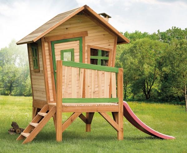"""Holzspielhaus """"Vetle"""" mit Veranda + Leiter + Rutsche 177x264x203cm aus Zedernholz in braun"""