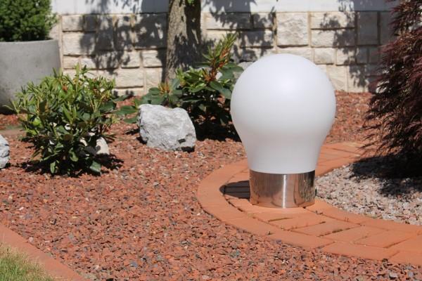 """Designer LED Gartenleuchte """"Glühbirne"""" weiss inkl Fernbedienung 50cm Lichtwürfel"""