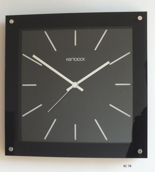 """Funkwanduhr """"Finn"""" mit bedrucktem Glas in schwarz, 30 x 30 x 5 cm, schwarz"""