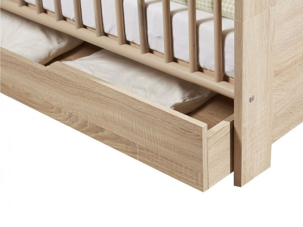 bettkasten rollen stunning bettkasten rollen with bettkasten rollen trendy best pflanzkbel auf. Black Bedroom Furniture Sets. Home Design Ideas