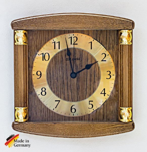 "Funk Wanduhr ""Jule"" aus massivem Holz, Zifferblatt aus Aluminium, 27x27 cm, eiche"